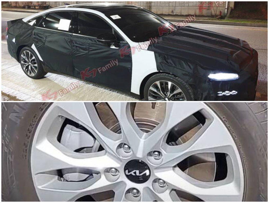大改款Kia K7與被拍到鋁圈上的全新KIA廠徽。 摘自Naver
