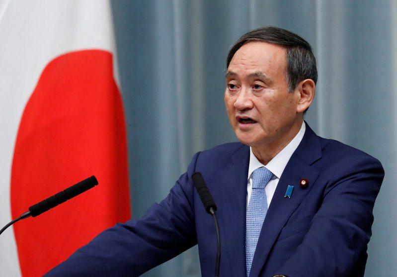 日本首相菅義偉發表新年感言。路透資料照