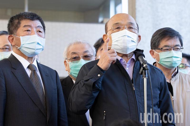 行政院長蘇貞昌(右2)今指出,食安跟防疫是一樣的,要全國一致,千萬不要各自為政,亂了套。記者季相儒/攝影