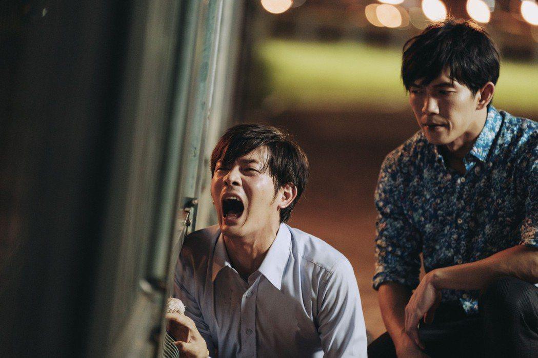 宥勝演出「戒指流浪記」,劇中因喝了酒,在「女友」林予晞面前哭求「不要離開」。圖/...