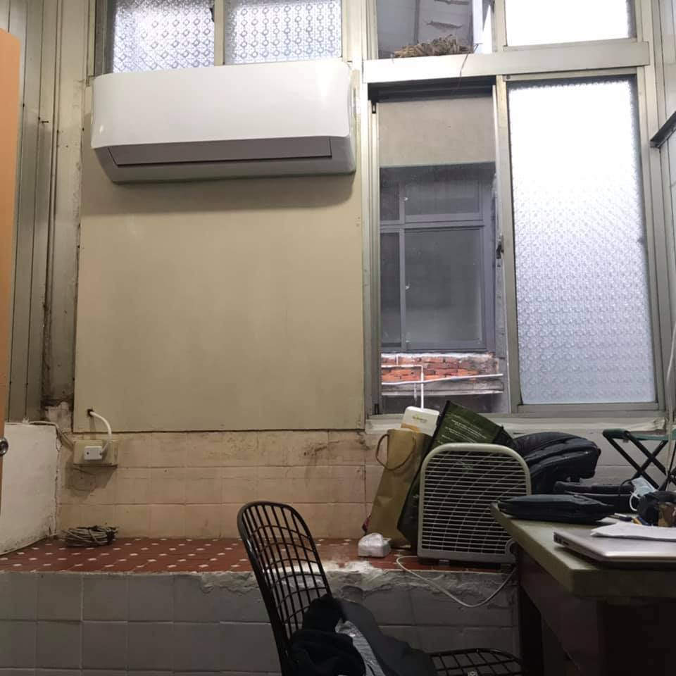 一名網友將入伍,他打算將房間短期出租,但照片一曝光引起許多人討論。 圖/翻攝自「...