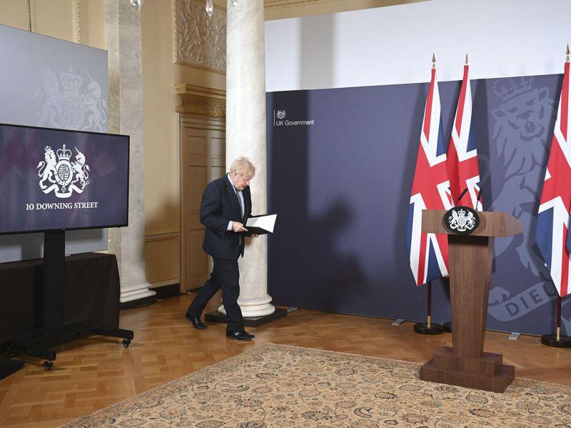 英國首相強生24日在唐寧街10號宣布與歐盟敲定脫歐貿協。美聯社
