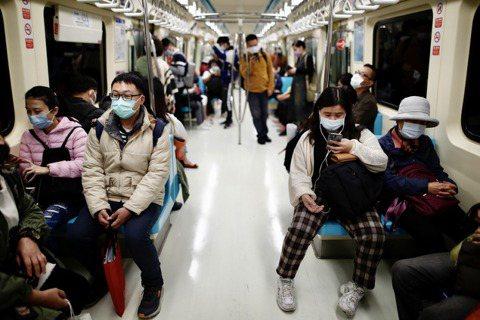 台灣防疫「成功」的背後:性別、國族與勞動的交織
