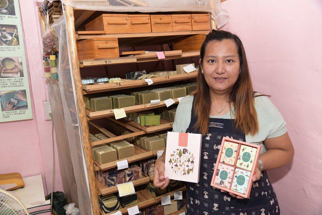 勞動部台東就業中心協助助知名連鎖童裝店長返鄉成行銷企劃人。 高屏澎東分署/提供。