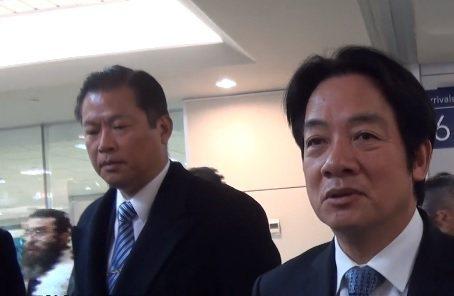 國安局特勤中心「萬里」警衛室主任謝靜華(左)健走5000公尺,在及格時間內通過測驗。晉升少將。圖/取自UDN新聞網影片