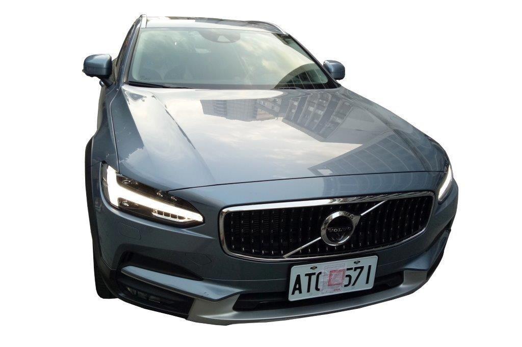 台北分署即將拍賣的Volvo V90旗艦旅行車。圖/台北分署提供