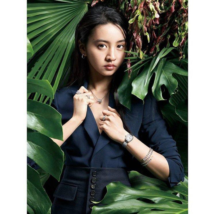 寶格麗品牌大使木村光希在最新一期日本時尚雜誌封面上演繹寶格麗的珠寶腕表。圖/取自...