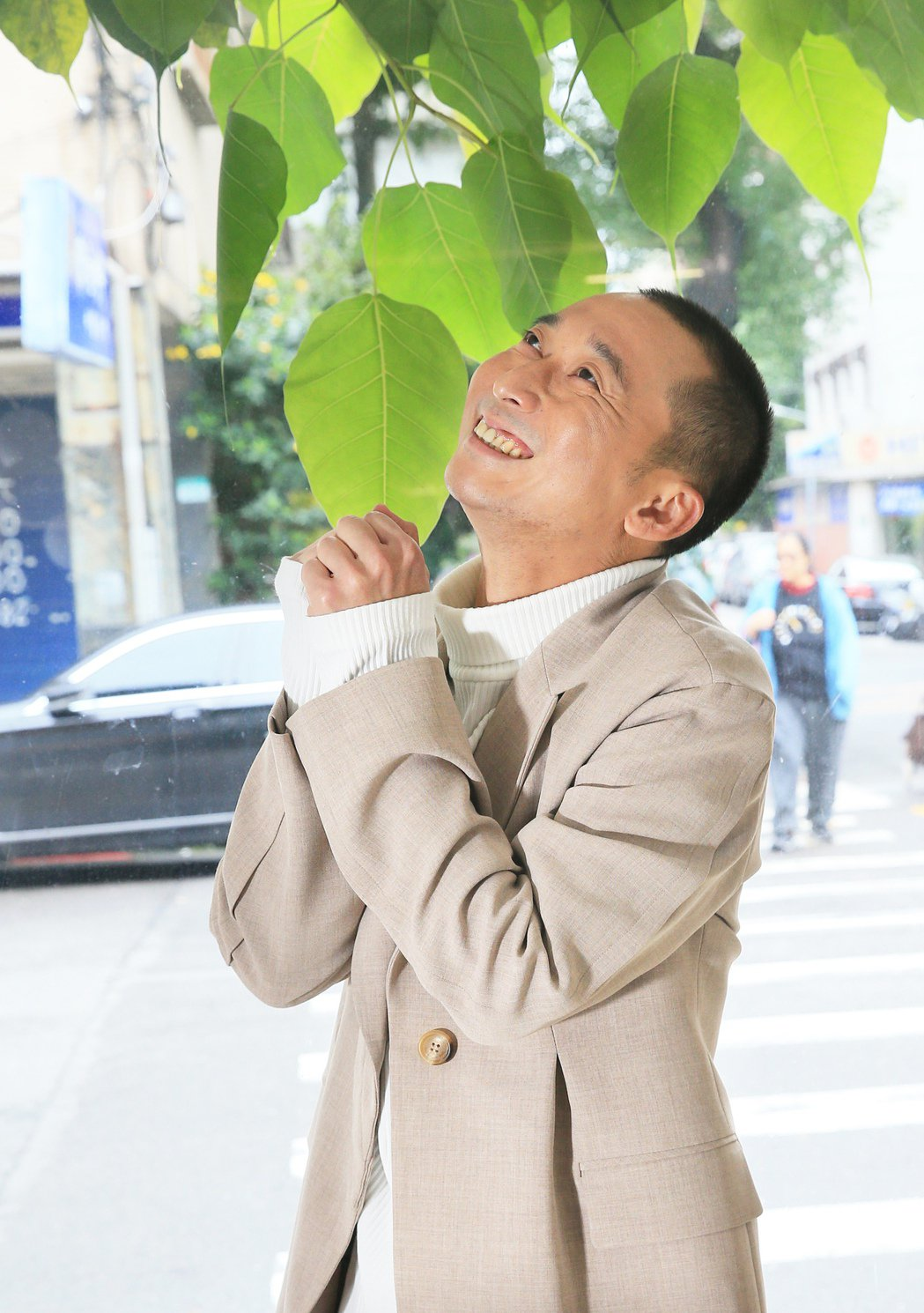 浩子(謝炘昊)插旗歌壇,推出首張創作專輯「共你惜惜」。記者潘俊宏/攝影