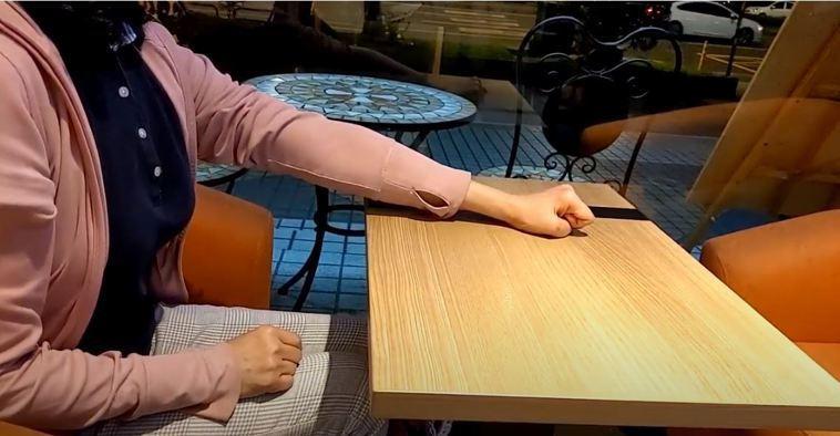 中風後最常見的就是動作障礙,需要大量的復健訓練,很多中風患者雖然可以將手臂抬起來...