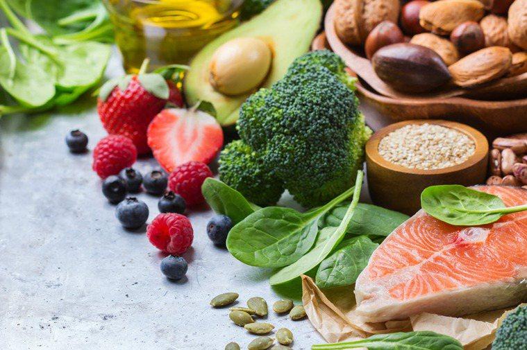完整的營養素是恢復活力的關鍵。 圖/shutterstock 提供