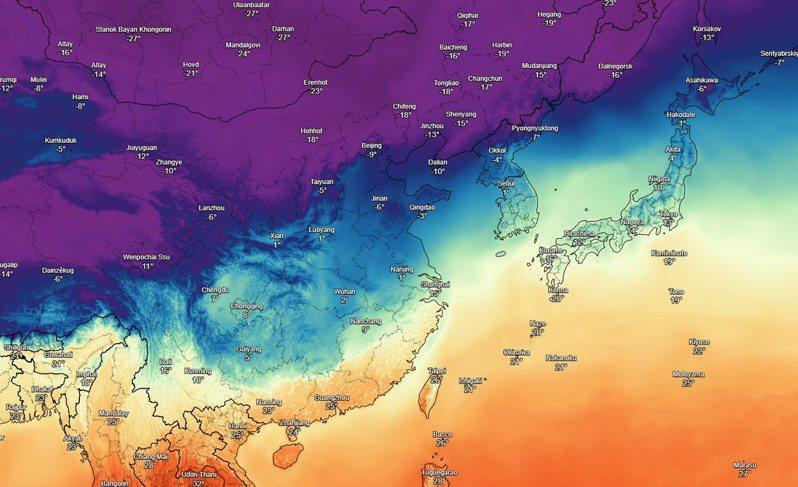 藍紫色寒潮準備南下,氣象局表示,30日起全台氣溫急速下降,北台灣只剩攝氏7度。圖/擷自粉專「台灣颱風論壇|天氣特急」