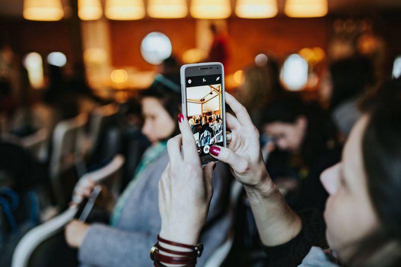 通路業者認為明年4G手機仍具消費潛力。 圖/傑昇通信提供
