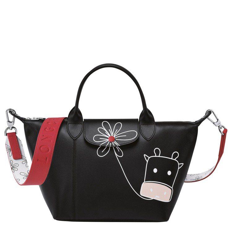 LONGCHAMP牛年限量Le Pliage黑色手提包,24,500元。圖/LO...