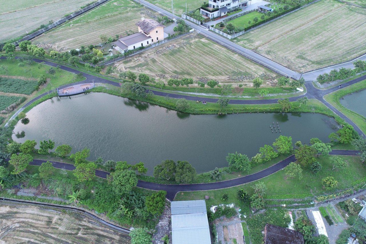 宜蘭縣礁溪三民濕地公園蘊藏豐富的水生植物,適合休憩運動。 圖/礁溪鄉公所提供