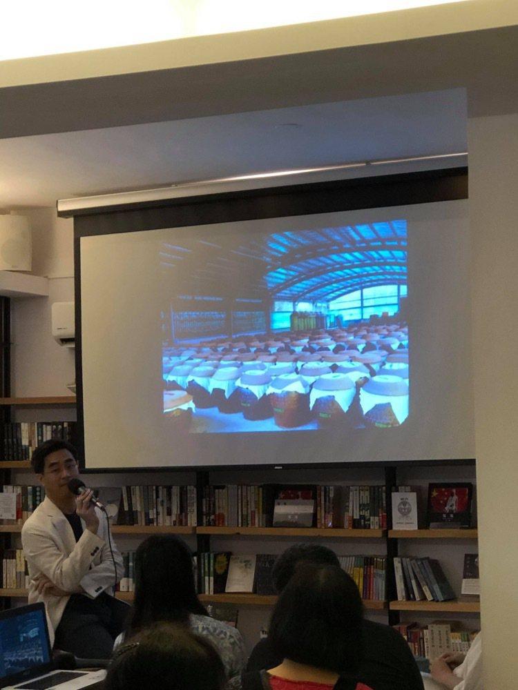 為推廣台灣食材,徐仲自掏腰包辦過許多品嘗會與講座。圖/徐仲提供