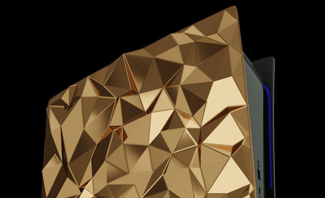 黃金外殼的散熱效果應該不錯。(看久了像不像某款巧克力呢?)|圖源:Caviar ...