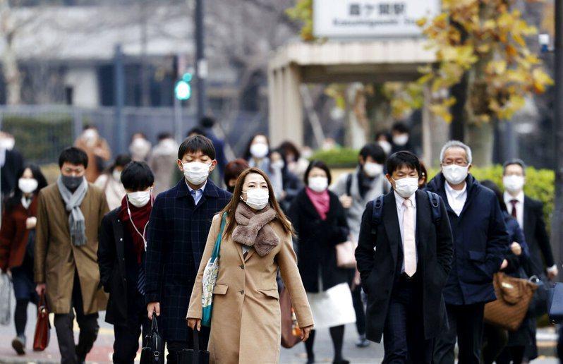 日本厚生勞動省調查統計,新冠肺炎重症患者中,約13.2%發生血栓。 美聯社