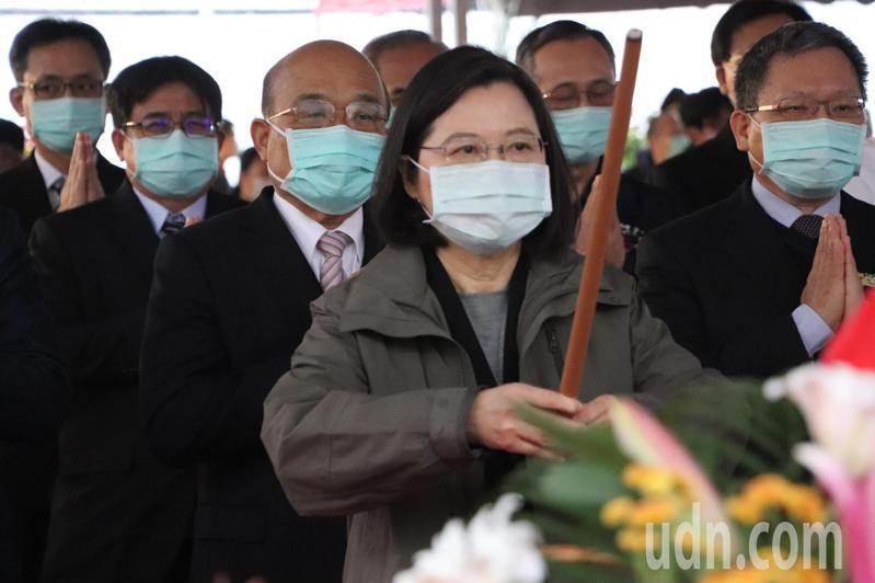 蔡英文總統、行政院長蘇貞昌今上午一同出席中和警消社宅動土典禮。記者吳亮賢/攝影