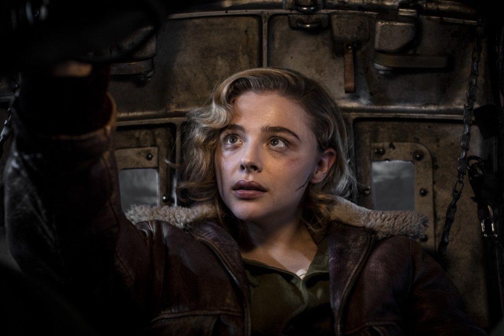 「致命天際線」將於12月31日搶先全美在台上映。圖/車庫娛樂提供