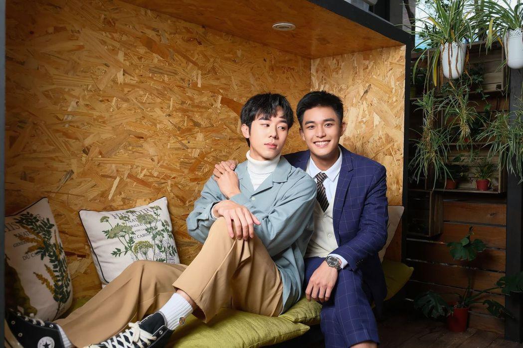 林嘉威(左)、安俊朋合作拍攝「HIStory4近距離愛上你」組CP。圖/LINE...