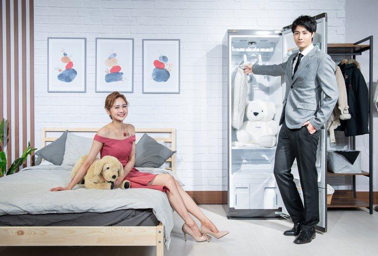 LG Styler蒸氣電子衣櫥同時具備室內除濕功能,給消費者衣物及室內空間乾爽清...
