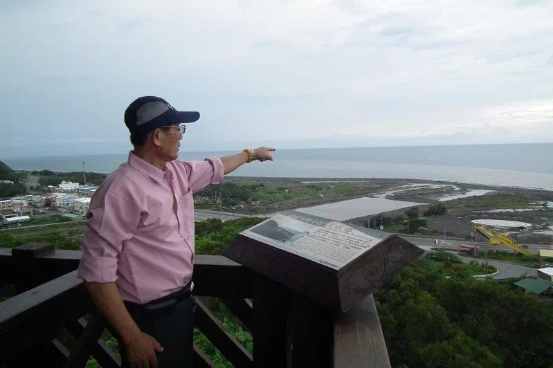 大武國家森林步道的觀海平台,位於步道制高點,可180度遠眺東邊的太平洋,視野佳時...