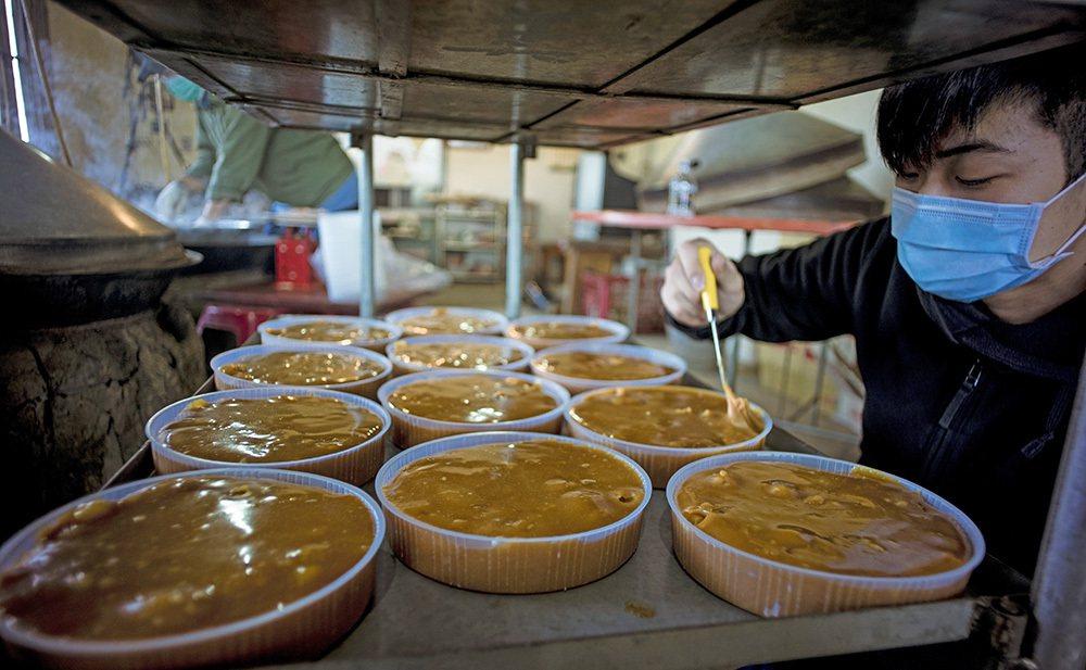 滿金商行的年糕原料單純,只用自家種的糯米、白糖,加上滿心誠意。 圖/滿金商行 提...