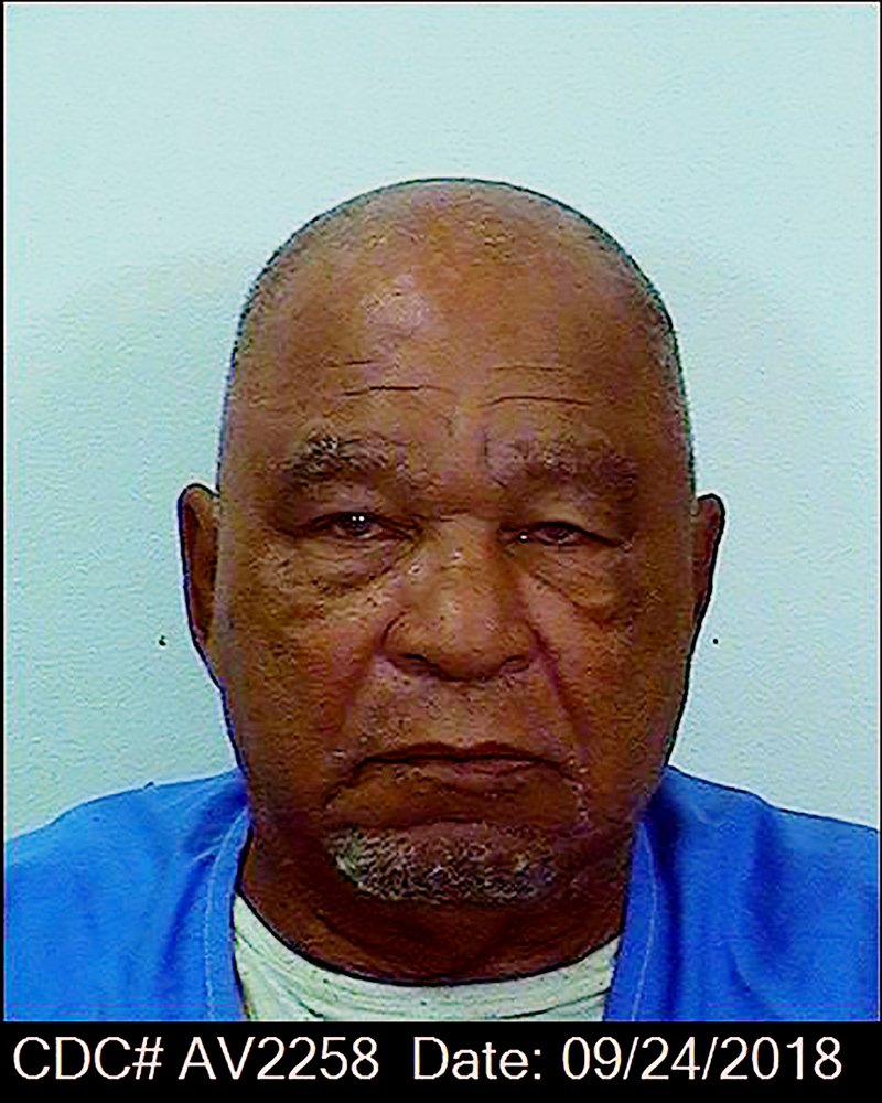 獄方官員今天表示,連續殺人魔李特(Samuel Little)今天在加州以80歲之齡辭世。根據聯邦調查局(FBI),李特是美國史上殺害最多人的罪犯。 美聯社
