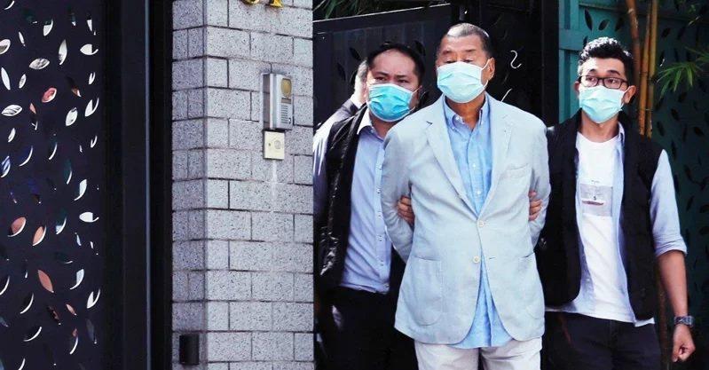 香港壹傳媒創辦人此前遭港警拘捕。圖/取自路透社