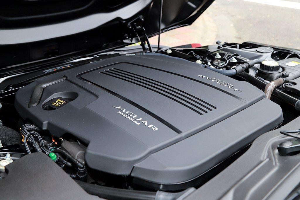 Jaguar F-Type P300 R-Dynamic動力搭載Ingenium...