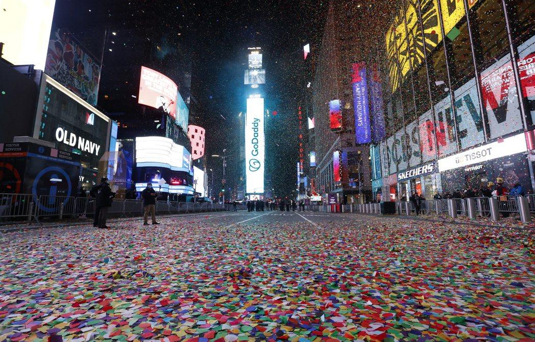 紐約時代廣場跨年夜卻空蕩蕩。 歐新社