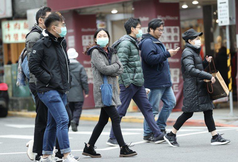 入冬後寒流來襲,各地氣溫明顯下降,容易讓血管緊縮、血壓上升,引發各種心血管疾病,...