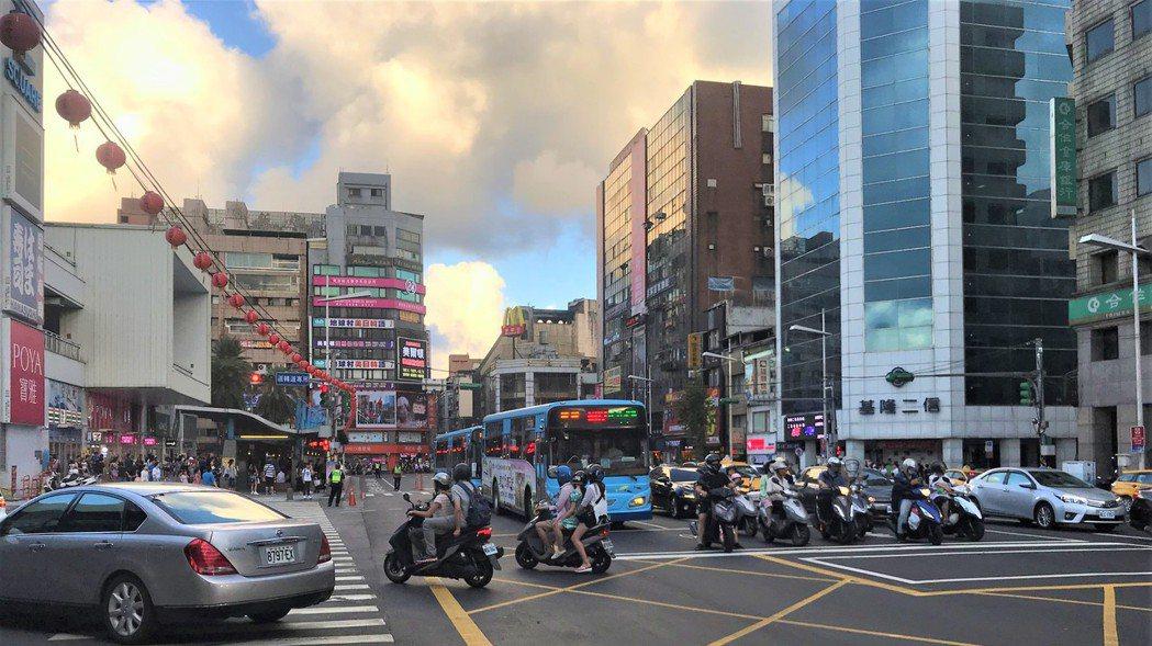 基隆街景  記者游智文/攝影