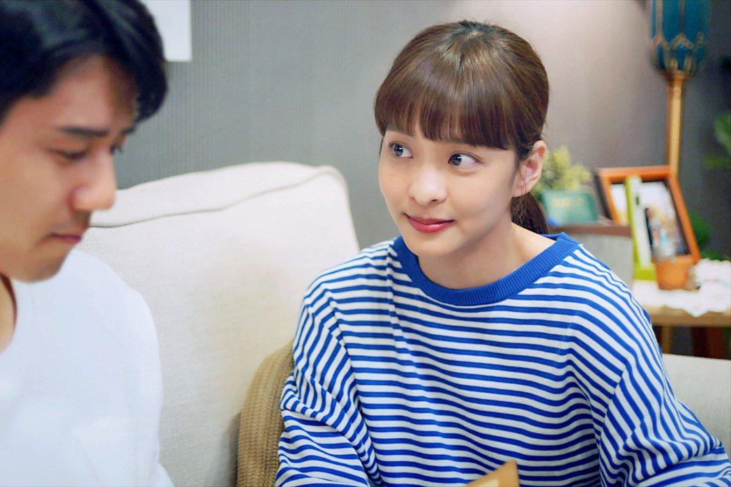 胡宇威(左)、葉星辰在「王牌辯護人」戲中關係曖昧。圖/東森提供