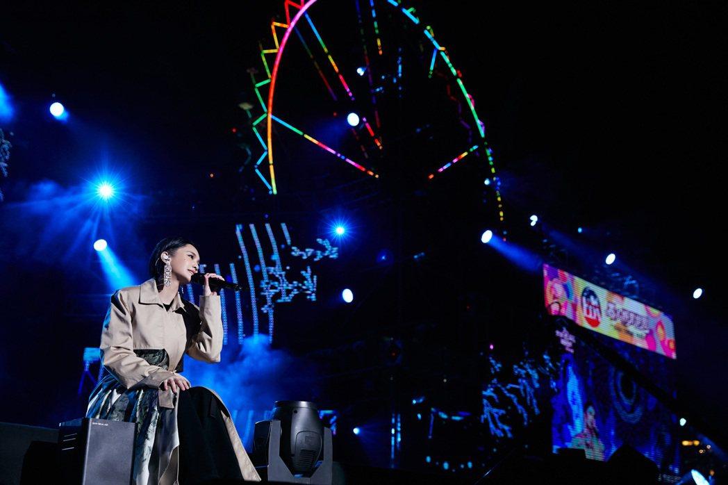 楊丞琳昨晚跨年演出獨家獻給高雄義大。圖/環球音樂提供