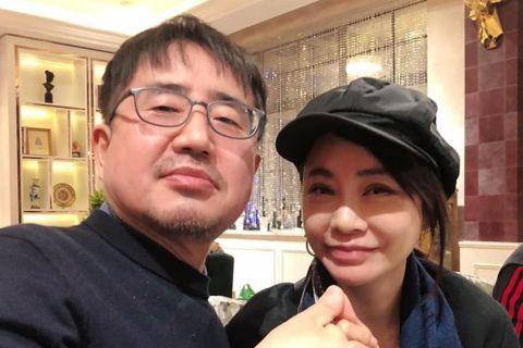 由車太鉉和全智賢主演的電影「我的野蠻女友」在2001年上映時造成轟動,該片的編劇崔錫珉也是一位整形名醫,巧合的是2001年由柴智屏製作的「流星花園」同樣轟動亞洲,兩人在2020最後一天於上海碰面,雙...