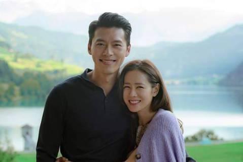 玄彬和孫藝真1日被「Dispatch」公布戀情,拍到他們打高爾夫球約會。他們透過經紀公司統一回應,「兩人在拍完戲劇後開始交往,希望大家溫暖祝福,今後也請多多支持。」認了已經相戀8個月,成為韓國「元旦...