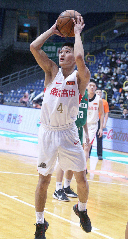 彭冠綸攻下全隊最高20分。記者劉學聖/攝影