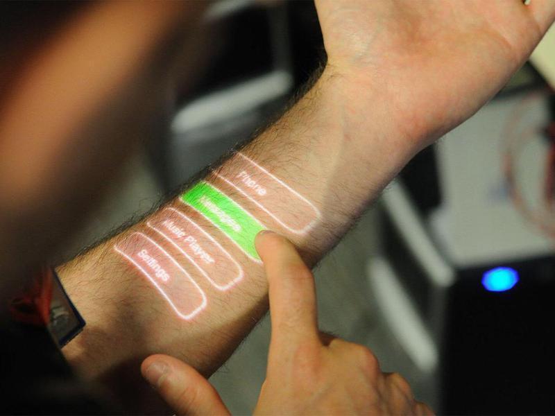 電子皮膚未來會大量運用在機器人或人類身上。圖/取自百度