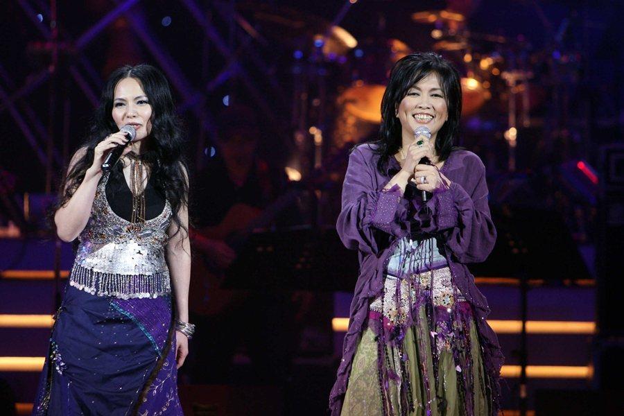 潘越雲、齊豫演唱《回聲》,攝於2009年。 圖/聯合報系資料照
