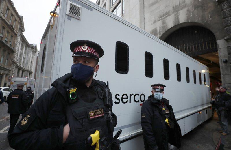 維基解密(WikiLeaks)澳洲籍創辦人亞桑傑今天將在英國面臨法院裁決。圖/美聯社