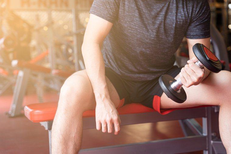 想增肌減脂,務必營養均衡和搭配運動。圖/123RF
