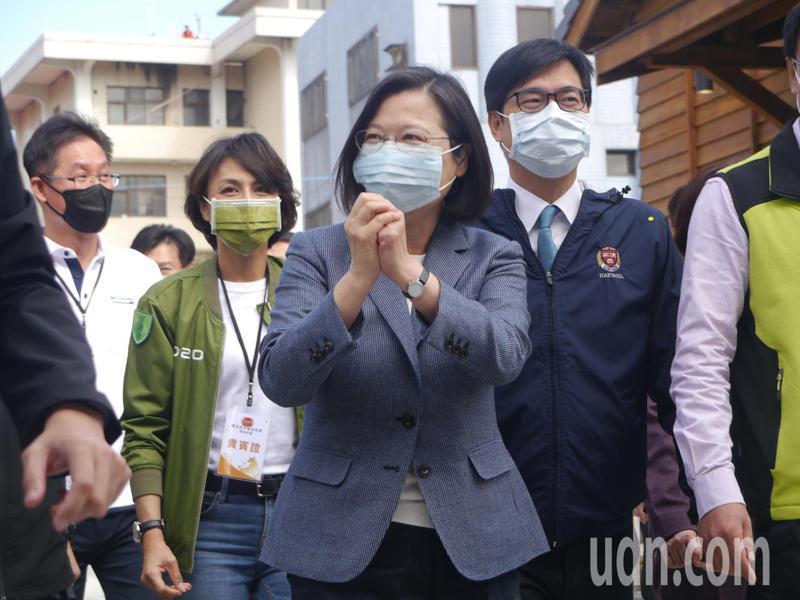 「農民退休儲金」上路,總統蔡英文參加開辦典禮。記者徐白櫻/攝影