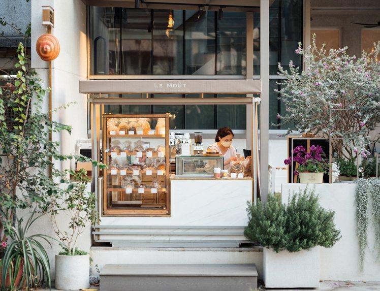 小樂沐麵包戶外販售區。圖/小樂沐提供。