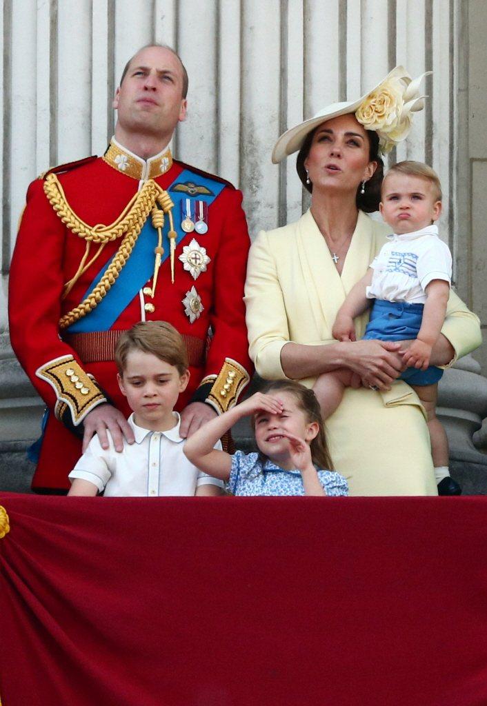 威廉、凱特和3個子女是未來英國第一家庭,一舉一動備受矚目。圖/路透資料照片