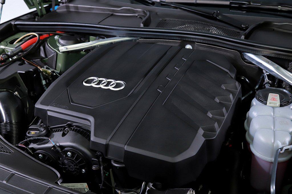小改款Audi A5 Sportback動力皆來自2.0L直列四缸渦輪引擎,搭配...