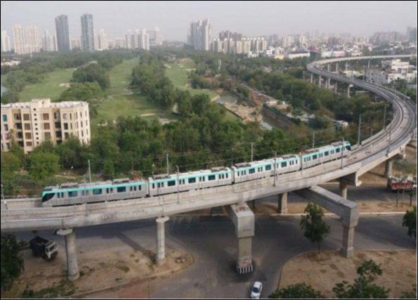 Noida Metro捷運車輛運行實景。 資料來源: http://www.nm...