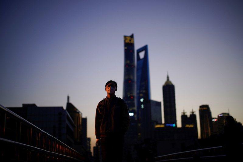 大陸40個重點城市,去年僅上海、廈門、福州月租金持續上漲。路透