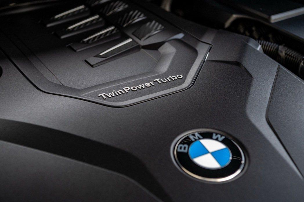 全新X3 xDrive30i Luxury、X4 xDrive30i M Spo...