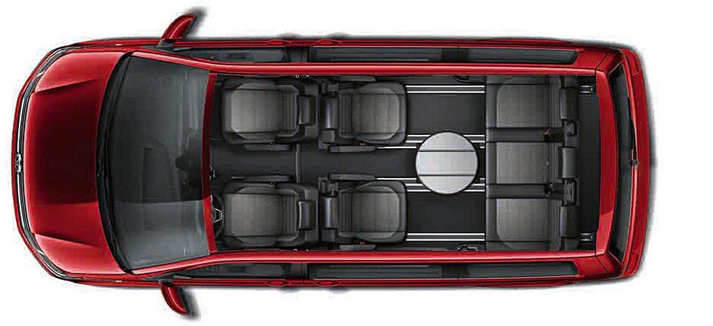 福斯商旅T6.1 Multivan完整7人座座椅配置採用2-2-3設計,第二排雙...